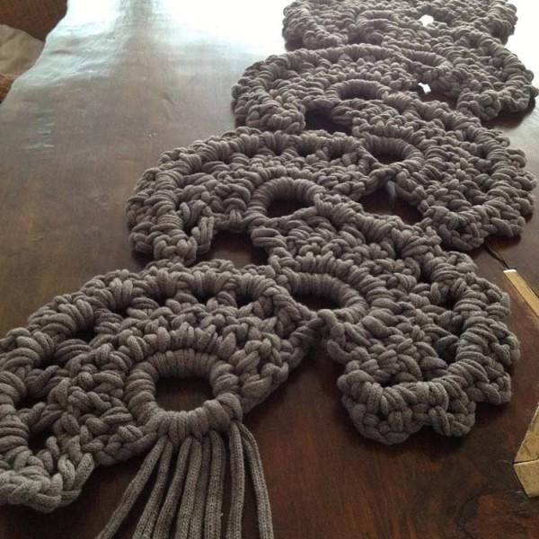 angel caminos de mesa fina badia i knit studio - Caminos De Mesa