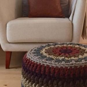 Caleido Puffs Fina Badia I Knit Studio