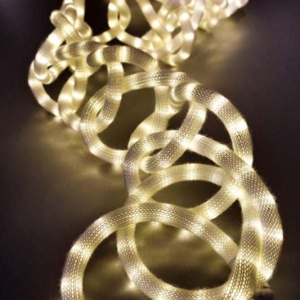 Chain Stitch Ligh iluminacio Fina Badia I Knit Studio